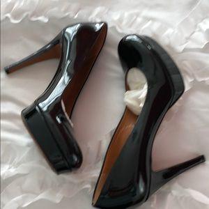 AUTHENTIC GUCCI black patent heels 👠